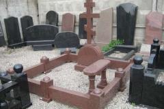 памятники на могилу из гранита 16