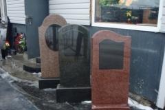 памятники на могилу из гранита 18