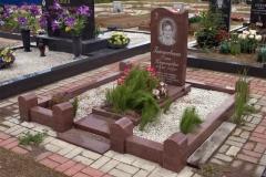 памятники на могилу из гранита 25