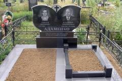 памятники на могилу из гранита 34