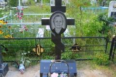 памятники на могилу из гранита 45