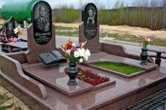 памятники на могилу из гранита 51