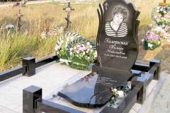 памятники на могилу из гранита 54