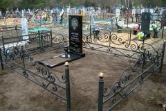 памятники на могилу из гранита 1