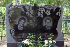 памятники на могилу из гранита 2
