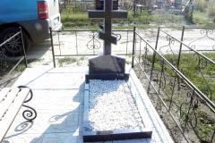 памятники на могилу из гранита 7